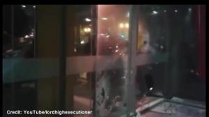 Raw video: Montreal Police break through doors at UQAM