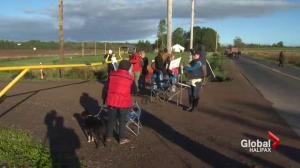 Protesters block entrance at Alton Gas site