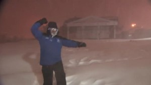 Weather reporter goes insane over witnessing thundersnow six times