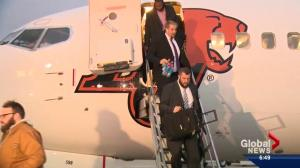 Edmonton Eskimos arrive in Winnipeg ahead of Grey Cup