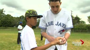 Using baseball to teach children the importance of teamwork
