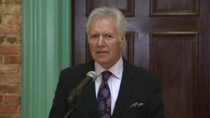 Alex Trebek receives Ottawa's key to the city, hopes to open door to Canadian 'Jeopardy' contestants