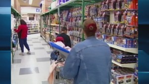 Southern families help northern Canadians with groceries