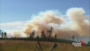 Bolean Lake wildfire threatens holiday resort