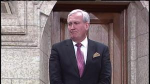 Kevin Vickers receives raucous standong ovation on return to House of Commons