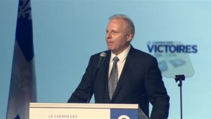 Lisée outlines language policies at PQ convention