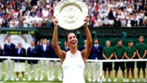 Garbine Muguruza wins first Wimbledon title after defeating Venus Williams