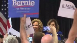 Outgoing DNC Chief Debbie Wasserman Schultz heckled during Florida speech