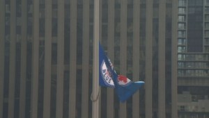 John Tory raises Toronto Blue Jays flag at City Hall