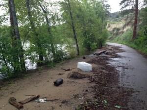 Naramata homes evacuated following road washout
