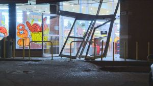 RAW: ATM stolen from Cartierville grocery store