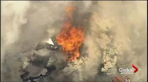 Fire rages on Montreal's Parc Avenue