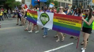 Toronto police officers travel to New York for pride festivities