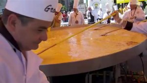 Giant omelet part of Fête nationale celebrations