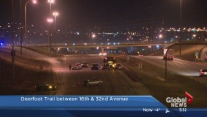 Crash closes southbound Deerfoot