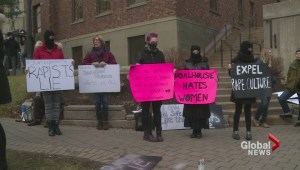 Hundreds rally against Dalhousie University