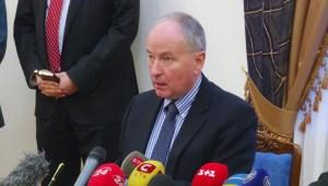Canada to train Ukrainian military cops as Ottawa seeks closer ties: Nicholson