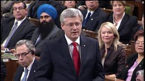 Prime Minister Harper pays his respects to Jean Béliveau