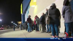 Edmontonians up early for Black Friday deals