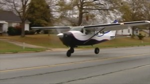 Single engine plane takes off from South Carolina highway after emergency landing