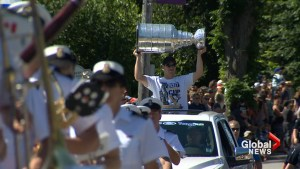 Sidney Crosby celebrates 30th birthday with Stanley Cup in Halifax, N.S.