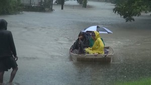 Heavy rain leads to flooding and state of emergency in Louisiana