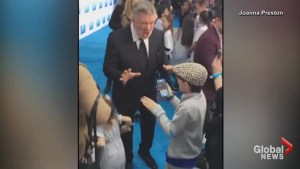 Alec Baldwin shows little boy how to do his Donald Trump impersonation