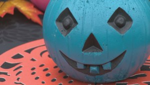 Teal pumpkin project helps provide a safe Halloween for kids with food allergies