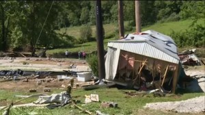 2 missing after flooding in Kentucky
