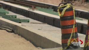 Construction of Leslie streetcar track delayed again