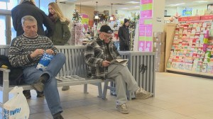 Mall men find comfort and joy on the sidelines
