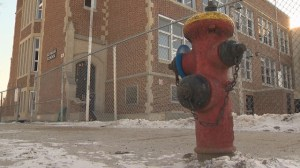 Hundreds of Winnipeg fire hydrants not working