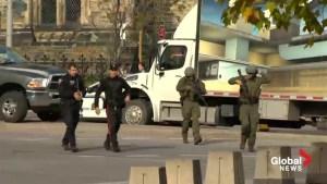 Raw video: Ottawa in chaos