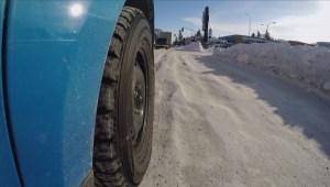 Winnipeg plows moving 'around-the-clock' to try and clear snow