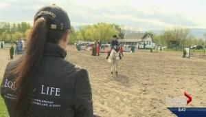 Kelowna horseback riding show draws hundreds
