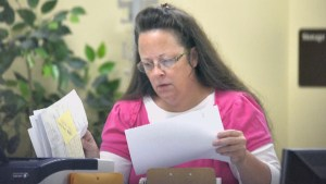 Standoff with Kentucky county clerk continues as she refuses to issue marriage licenses to same-sex couples despite court orders