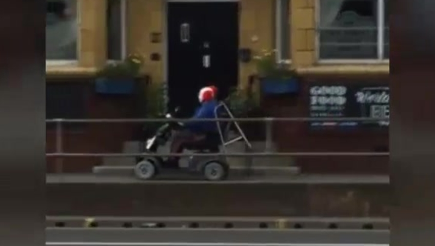 Dartmouth police release 'creepy clown' craze PSA