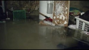 Downpour causes basement blooding in Kingston