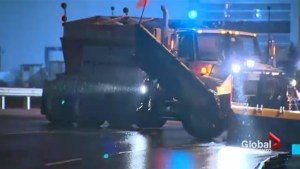 Freezing rain causes tow truck to slip and slide in Toronto