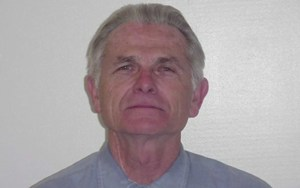 Parole recommended for Charles Manson follower Bruce Davis