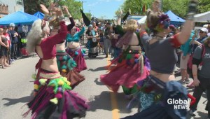 Couple gets married at Regina arts festival
