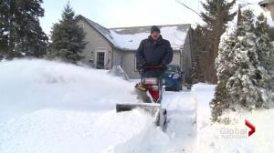 More heavy snow in eastern Canada, U.S.
