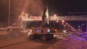 Raw video: Longueuil pedestrian bridge collapse