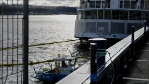 Diesel spill from cruise ship docked near Quebec City
