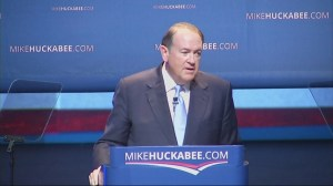Mike Huckabee declares presidential candidacy