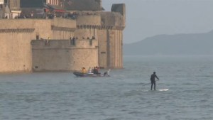 """Thousands at Mont Saint Michel hope for """"high tide of century"""""""