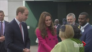 Tourist prepare for Kate Middleton to give birth second royal baby