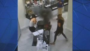 Vaporizer explodes inside woman's bag