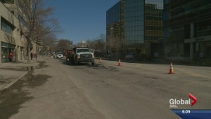 Saskatoon springing into action with street sweeping, pothole blitz