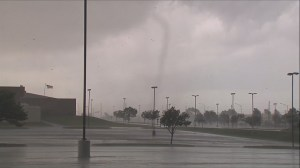 RAW: Tornado touches down in Missouri